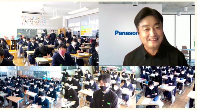 小杉さんの授業の様子.png
